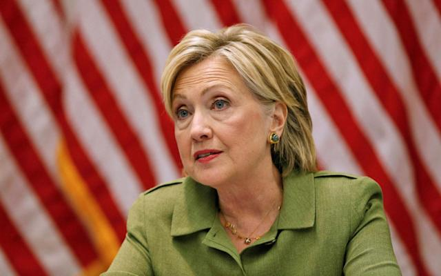 FBI finds 14,900 more files from Hillary Clinton's email server