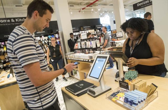 Amazon reportedly wants its digital wallet in brick-and-mortar stores