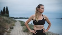 Here Are the Mental and Physical Tricks I've Used For Years to Gut Out My 10-Mile Runs