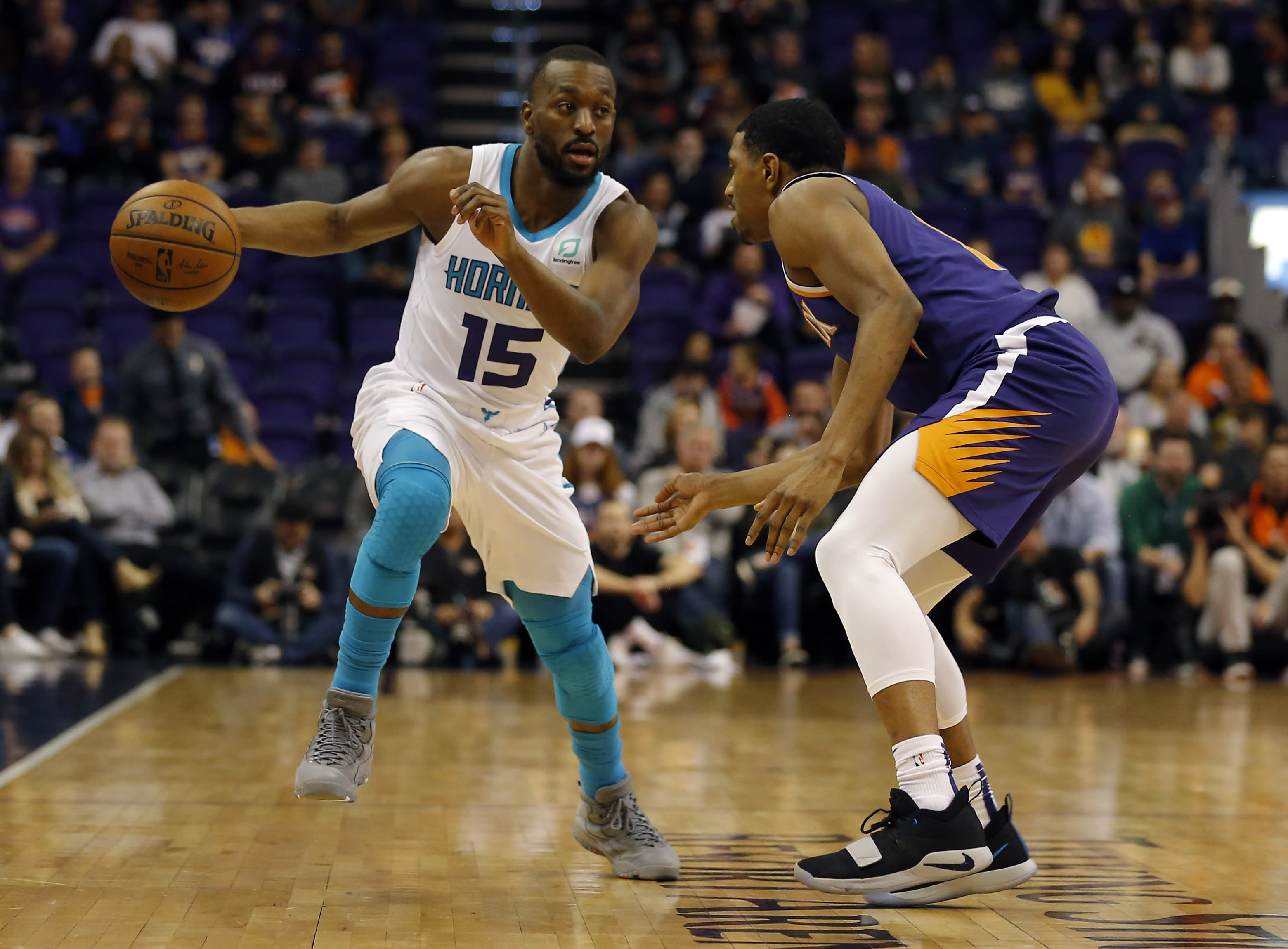 Kemba Walker scores Charlotte s final 14 points in win vs. Suns a06b0cb37