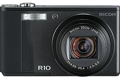 Ricoh R10 shows up with electronic level and adjustable flash