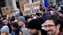 """Influence. Hongrie: la Cour de justice de l'Union européenne casse la loi contre l'""""université Soros"""""""
