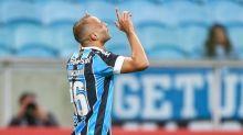 """Com """"sim"""" de Thaciano, Santos tenta acordo com Grêmio"""