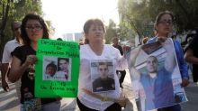 Tres estudiantes confundidos con criminales fueron asesinados en México, dice la fiscalía