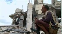 Saudi-led air stike targets home of Houthi leader in Sanaa