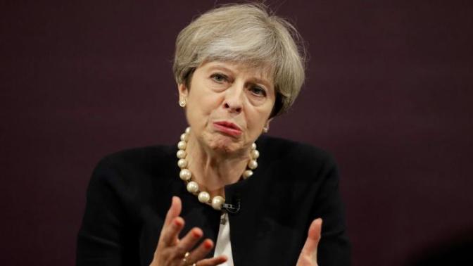 """Das Brexit-Kabinett von Theresa May hat sich auf einen Brexit-Kurs verständigt. Das Modell """"Kanada plus plus plus"""" ist ein Scheinkompromiss und wird von der EU abgelehnt."""