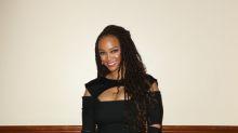 Tyra Banks presume de curvas con su total black