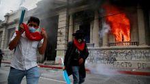 Los 18 minutos que incendiaron al Congreso de Guatemala