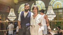 """Álex García y Michelle Jenner sobre su romance en El Continental: """"Vais a estar esperando el beso"""""""