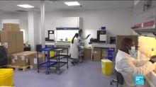 Covid-19 : le personnel médical sous pression dans les laboratoires et les plateaux techniques