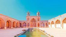 戴上頭巾走進伊朗,親探夢幻粉紅清真寺