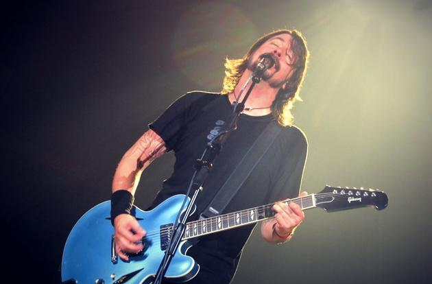 The Foo Fighters are streaming a live concert on Facebook