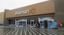 Walmart to Operate in Holiday Season Without Seasonal Staff