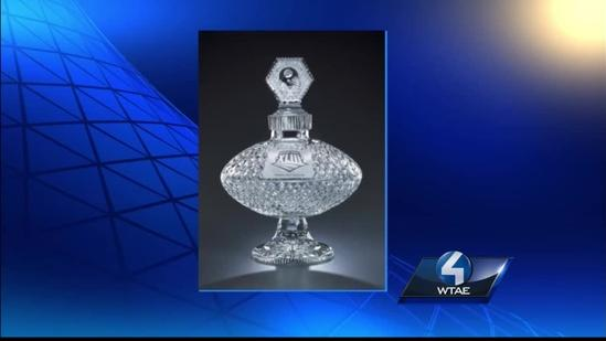 Crystal Super Bowl trophy, other items allegedly missing from mayor's office