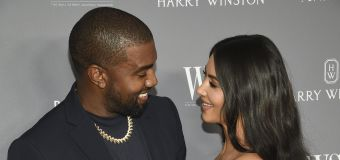 West gifts Kardashian a hologram of her late father