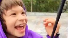 Gelähmtes Kind lernt skaten - dann schaltet sich Tony Hawk ein