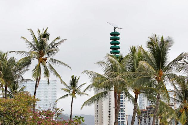 FCC: Officer behind Hawaii false missile alert thought it was real