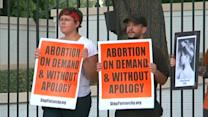 Judge halts major part of Texas abortion law
