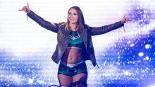 Foto mit Freundin: WWE-Toptalent outet sich