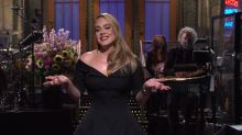 Adele on Saturday Night Live: singer jokes about weight loss and divorce in comedy show appearance