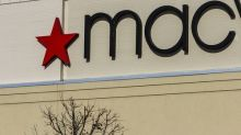 Macy's Hiring 2018: Retailer Plans to Hire 80,000 This Holiday