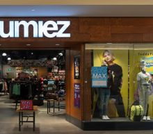 Retailer Zumiez Relative Strength Skates Past 80