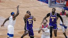 James scores 25, tweaks ankle, Lakers top Pelicans 110-98