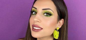 Esta 'influencer' te enseña trucos de maquillaje con humor