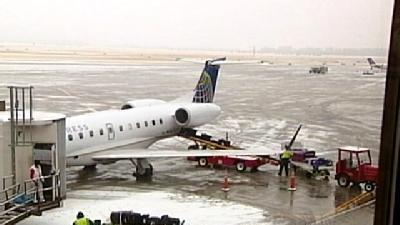 Eppley Airfield Abuzz With Holiday Travelers