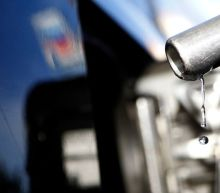 U.S. gasoline prices slump as storm fears wane, demand concerns return