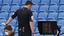 Penjelasan Kenapa MU Dapat Penalti dari VAR Setelah Laga Berakhir