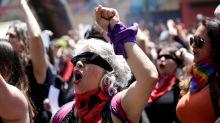 Paridade de gênero na elaboração da Constituição chilena é vitória do movimento feminista