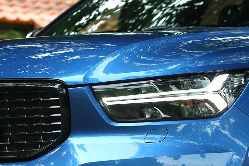 雷神之鎚頭燈是新世代Volvo的家族特色,很醒目,真的。
