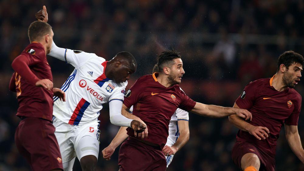 Lyon avanzó con lo justo en la caída ante Roma