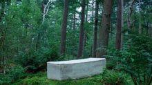 """Première mondiale aux Pays-Bas, un humain enterré dans un """"cercueil vivant"""""""
