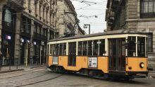 Divieto di salire con il passeggino aperto a Milano: calvario per i genitori