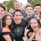 Justin Trudeau Photobombs Students' Prom Photo While Out Jogging