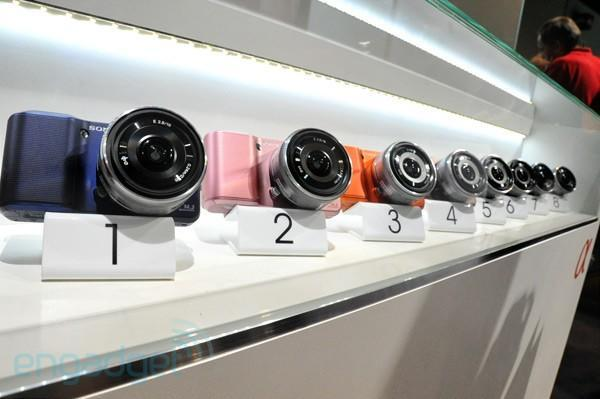 Sony reveals 'color variation concept' models of NEX-5 and NEX-3 (eyes-on)