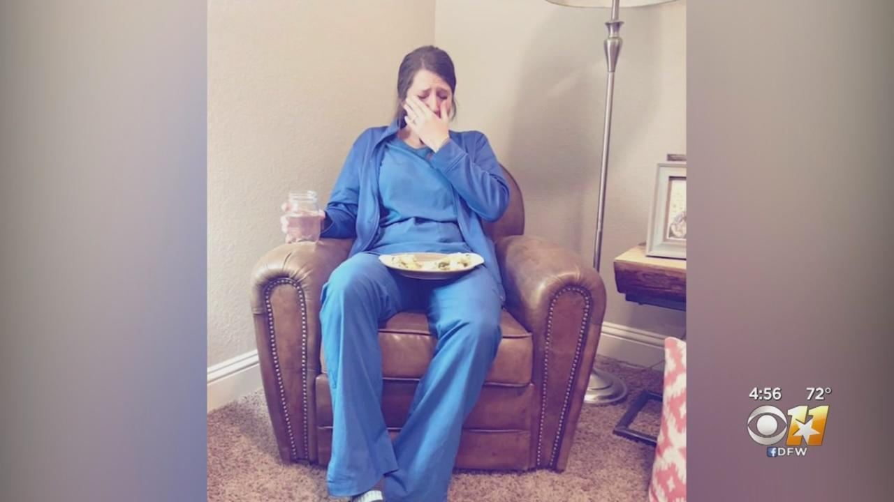 Photo of nurse breaking down after stillborn delivery goes viral