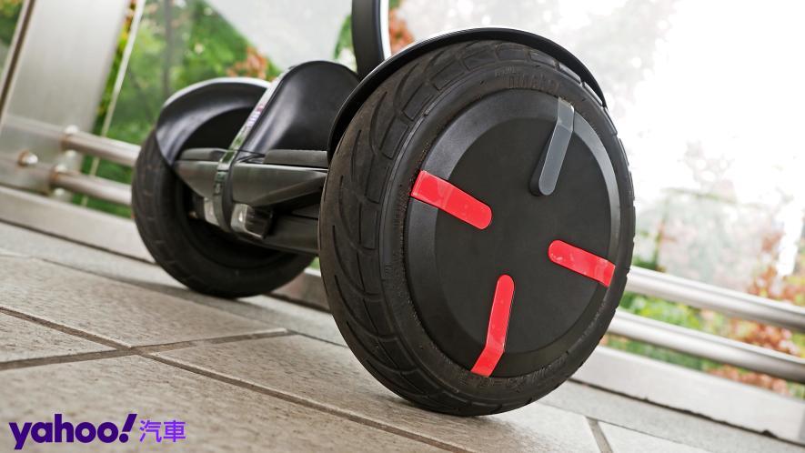 最從容帥氣的移動生活新指標!Segway Ninebot S PRO開箱實測! - 7