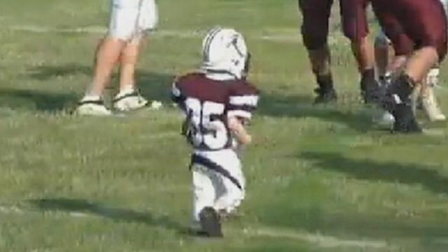 Boy, 6, Scores Touchdown at Charity Game