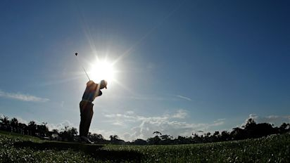 Non-vaccinated golfers to pay for COVID tests