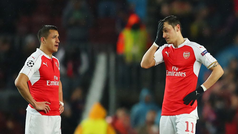 """► Wenger garante: """"Sánchez e Özil ficarão no Arsenal"""""""