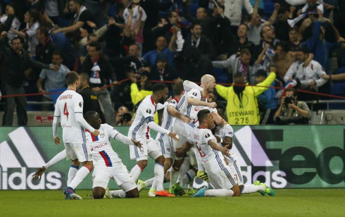 Lyon renverse le Besiktas dans une rencontre électrique
