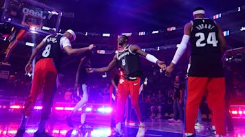 NBA teams, stars continue to honor Kobe