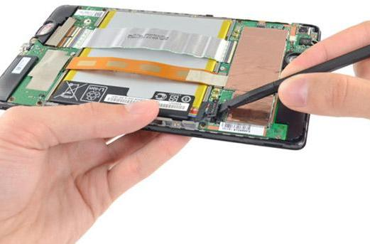 Second-generation Nexus 7 gets the iFixit teardown treatment