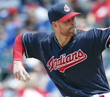 Kluber dominant again, but Kershaw and Strasburg exit with injuries