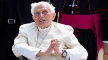 """Vaticano dice que estado de salud de Benedicto XVI """"no es especialmente preocupante"""""""
