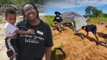 """19 familias afroamericanas compran 96 acres de tierra para crear un """"refugio seguro"""" para los afroamericanos"""