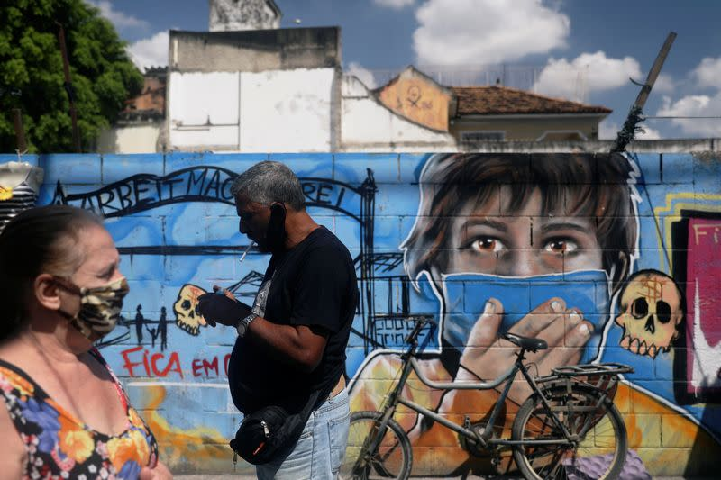Brazil records 290 coronavirus deaths in last day, Health Ministry says